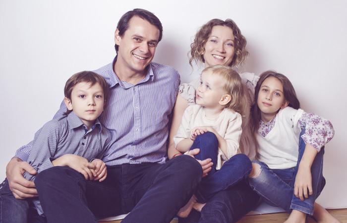 Как бросить корпоративную работу, жить свободно и путешествовать по всему миру, даже если у вас четверо детей и вы хотите заниматься любимым делом